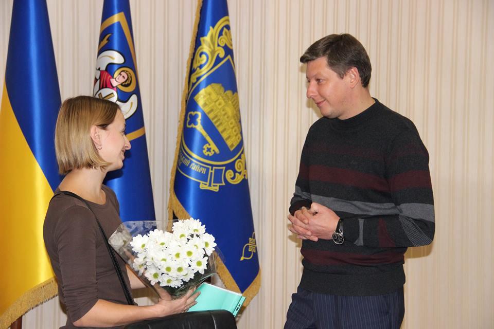 Олег Гаряга, Євгенія Добродомова, КРОК