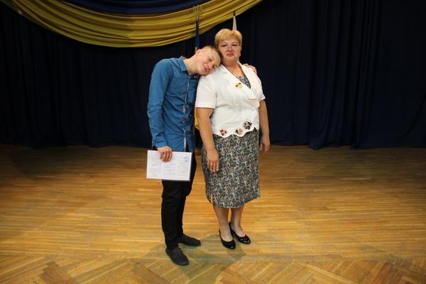 Вручення дипломів випускникам КЕПІТу спеціальностей ЕП та ФК 05.07.2016